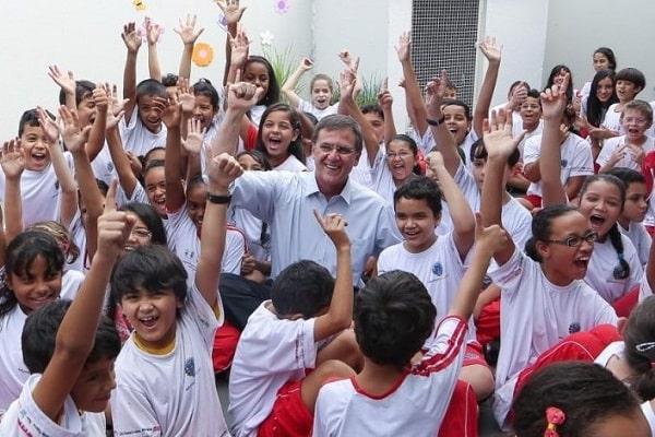 gomide prefeito educação