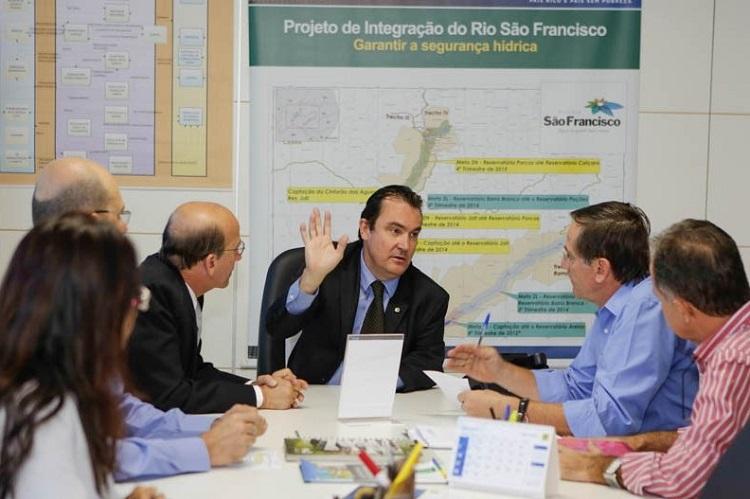 Gomide-em-visita-a-ministro-em-busca-de-recursos-para-obras-de-infraestrutura-urbana-em-Anápolis-Reprodução-Prefeitura-de-Anápolis