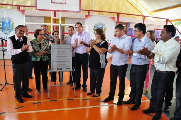 Inauguração-do-Ginásio-de-Esportes-da-Escola-Municipal-Realino-José-de-Oliveira-no-setor-Jandaia-Foto-Paulo-Giovanni
